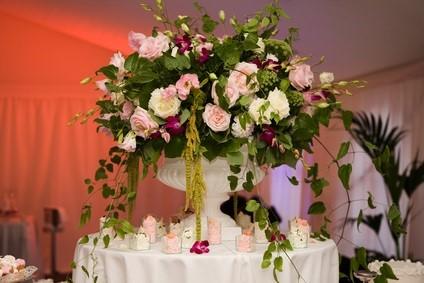 rose table centerpiece