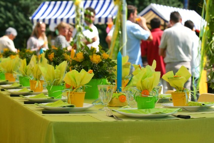 outdoor reception table